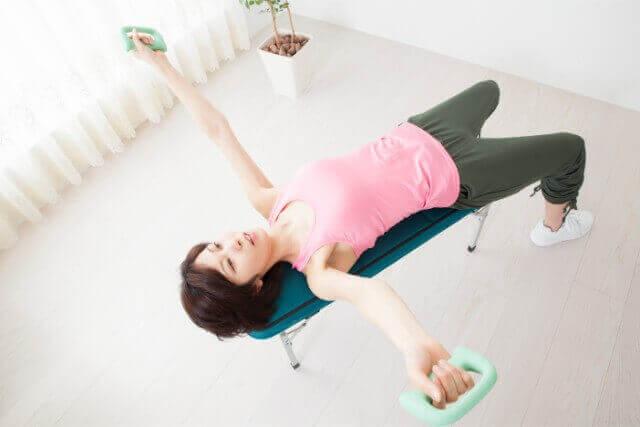 姿勢改善は自分でできる!姿勢改善トレーニングについて